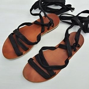 Lucky Brand Size 7M Strappy Gladiator Sandals